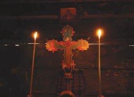 Povestea lumânării: Cine vrea sa împrăştie lumina trebuie să reziste arderii